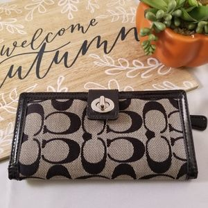 Coach turn key wallet credit card coin